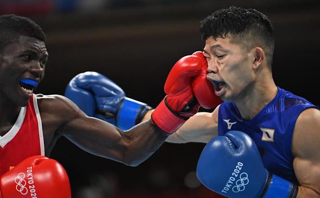 Kỳ lạ võ sĩ Nhật bị đánh phải ngồi xe lăn vẫn thắng, uất ức tố trọng tài Olympic - 1
