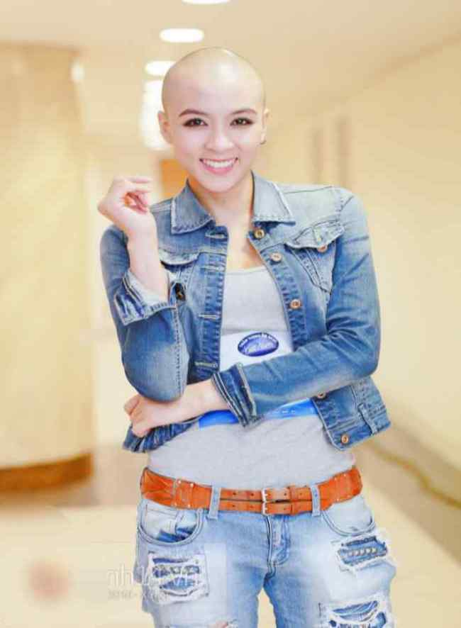 Tại cuộc thi Vietnam Idol 2015,Hoa Di Linh nhanh chóng thu hút sự chú ý của khán giả và giới truyền thông. Mặc dù cạo trọc đầu nhưng Hoa Di Linh vẫn khiến nhiều người ngưỡng mộ bởi nhan sắc xinh đẹp.