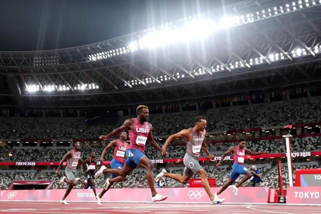Hy hữu: Chân chạy người Canada dự 5 nội dung Olympic, cả 5 lần đoạt huy chương - 1