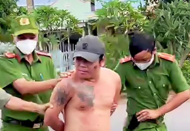 Bắt kẻ đấm vào mặt lực lượng phòng, chống dịch ở Bình Phước - 1