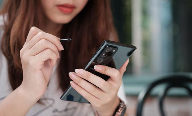 Người dùng tin tưởng rằng Galaxy Z sẽ là bước tiến mới của cách mạng di động - 1