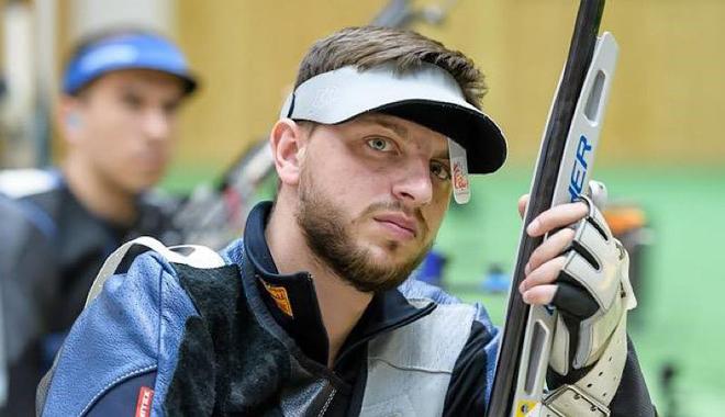 Phát súng lạ đời chưa từng có ở Olympic: Bắn trúng hồng tâm, nhận 0 điểm - 1