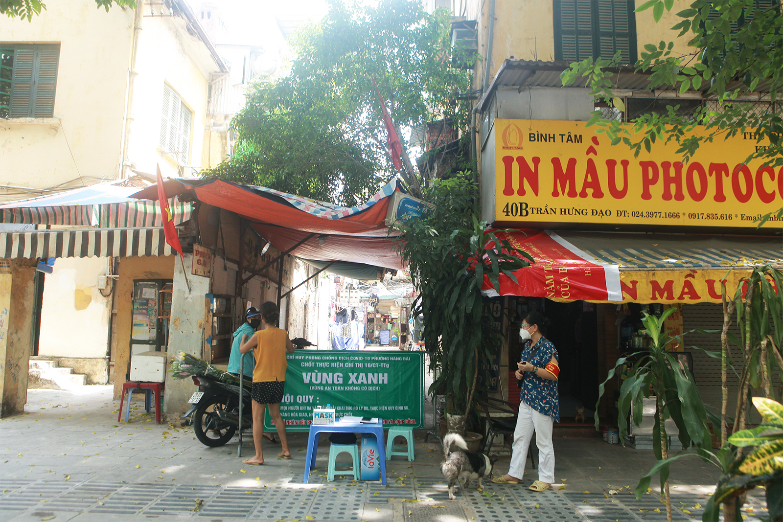 """Cận cảnh những chốt """"vùng xanh"""" do người dân tự quản ở Hà Nội - 8"""