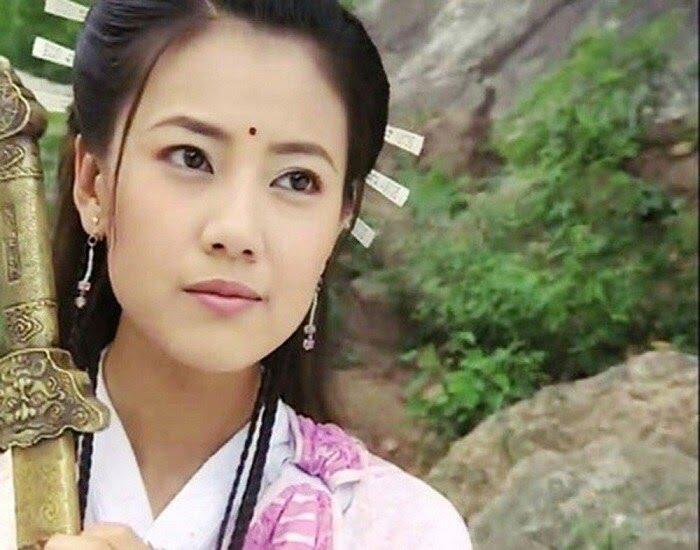 Top 5 mỹ nhân đẹp nhất phim kiếm hiệp Kim Dung: Lưu Diệc Phi còn thua người này - 1