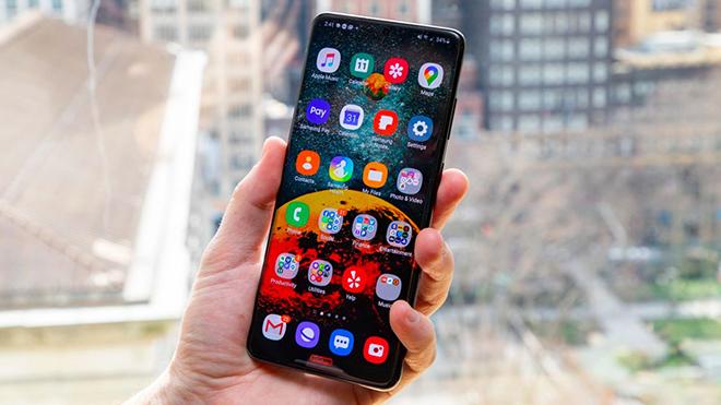 Những smartphone đáng mua nhất tháng 8 - 3