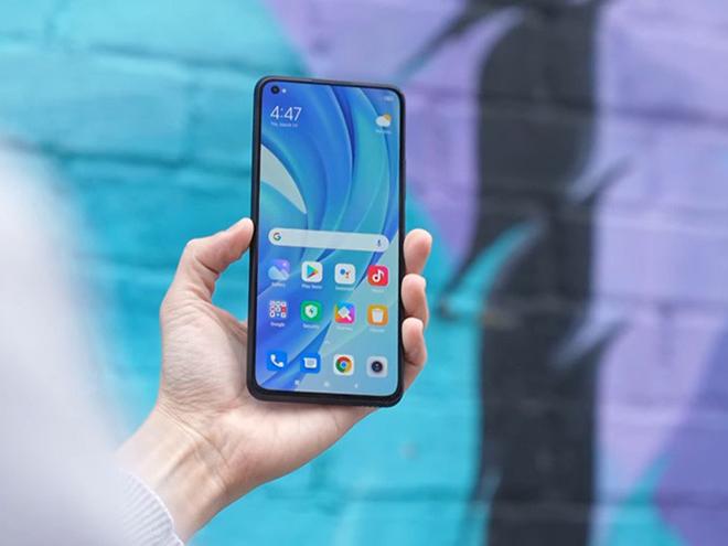 Những smartphone đáng mua nhất tháng 8 - 6
