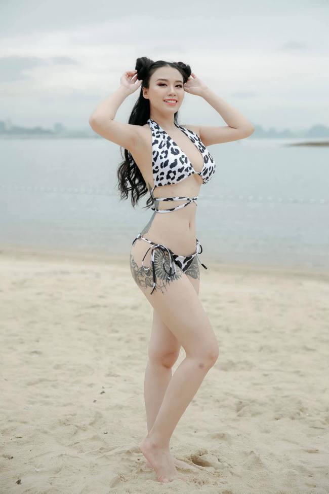 Linh Miu là một trong những diễn viên của showbiz Việt sở hữu hình xăm lớn trên cơ thể.