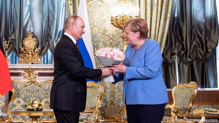 Tuyên bố đầu tiên của Tổng thống Nga Putin sau khi Taliban chiếm Afghanistan - 1