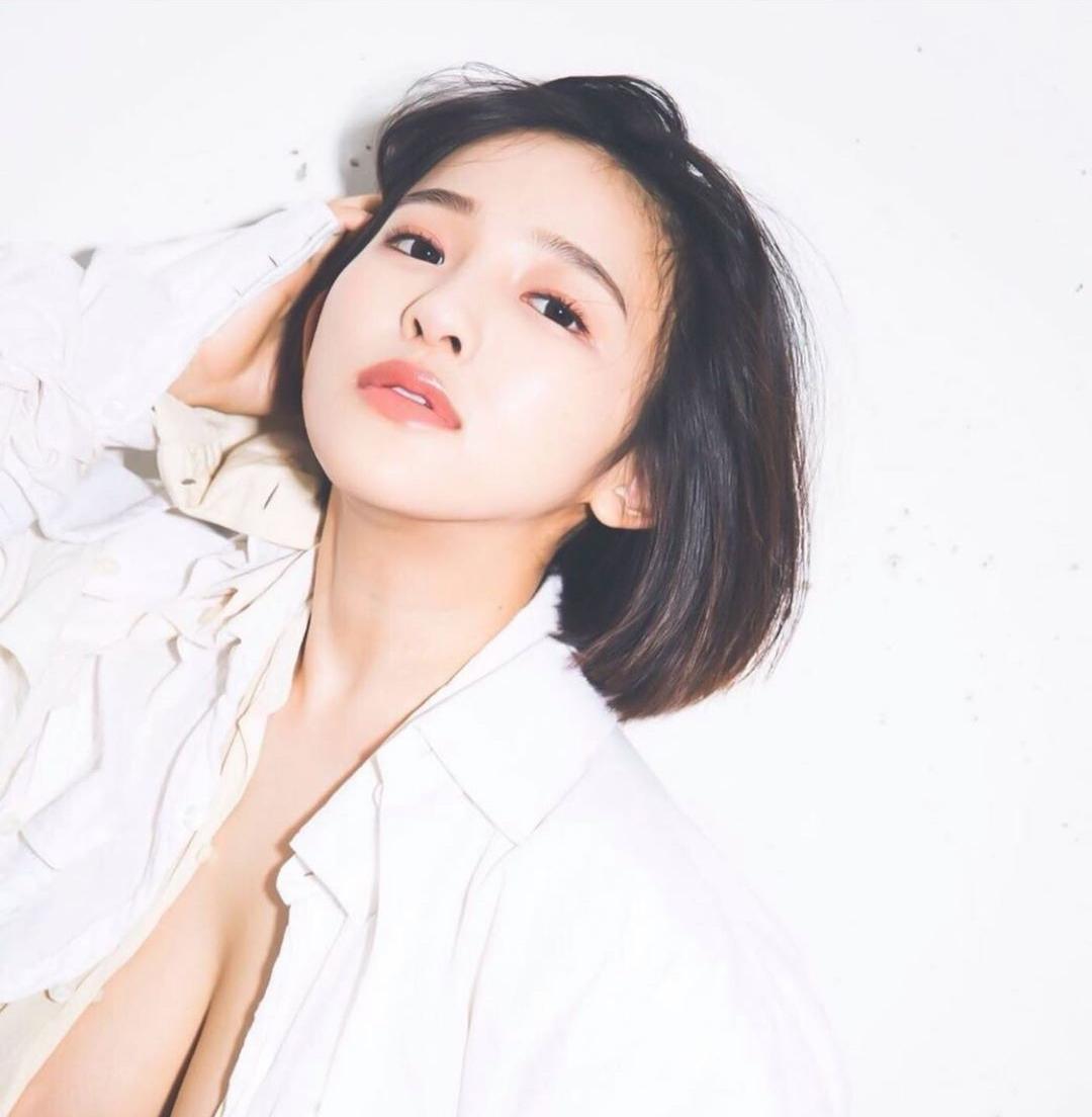 Người mẫu Jun Amaki công khai ảnh X-quang chứng minh đẹp tự nhiên - 1
