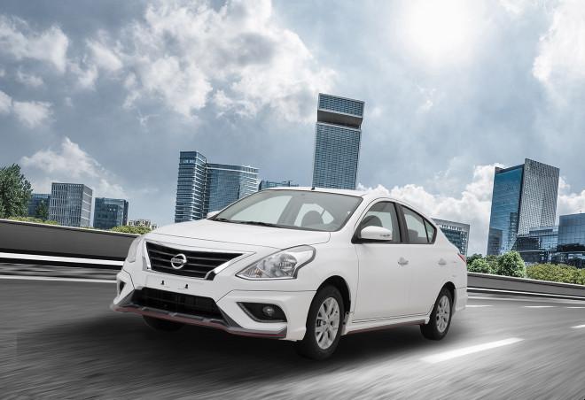 Xe mới ra mắt, Nissan Sunny thế hệ cũ hút khách lạ thường - 1