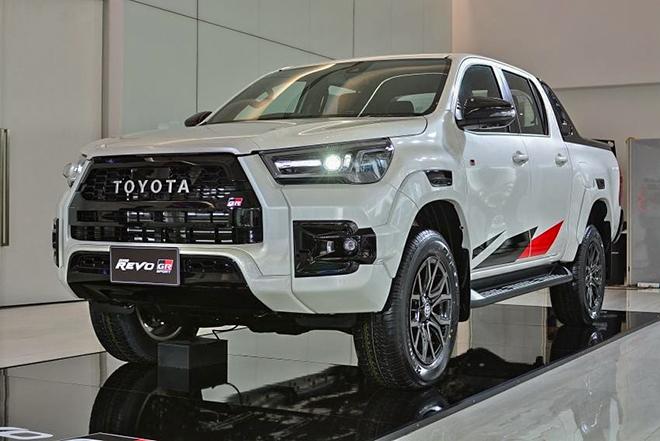 Toyota Hilux bản thể thao GR Sport ra mắt, liệu có về Việt Nam - 1