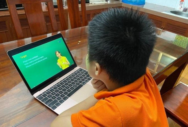 Những sai lầm thường thấy của cha mẹ khiến việc học online của con kém hiệu quả - 1