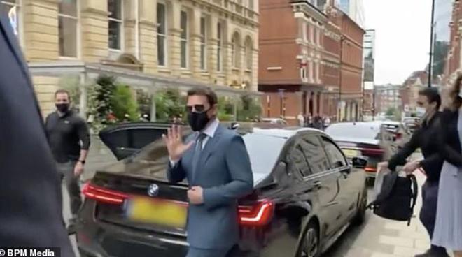 Tom Cruise bị kẻ gian đánh cắp BMW X7, nhưng bực bội vì điều này hơn là mất xe - 1