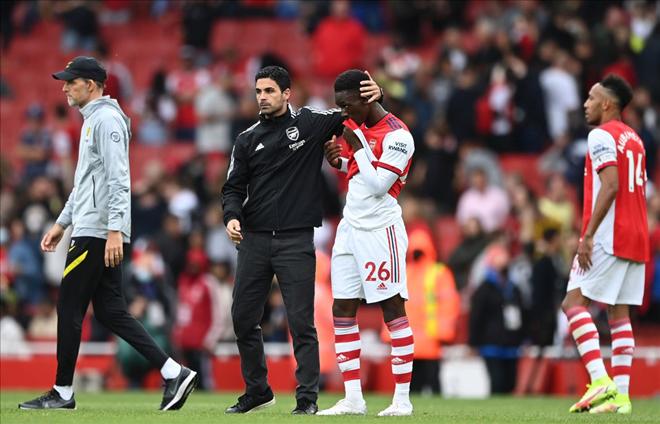 """Chủ siêu giàu PSG muốn ra tay cứu Arsenal: Tham vọng """"hóa rồng"""" nguy cơ đổ bể - 1"""