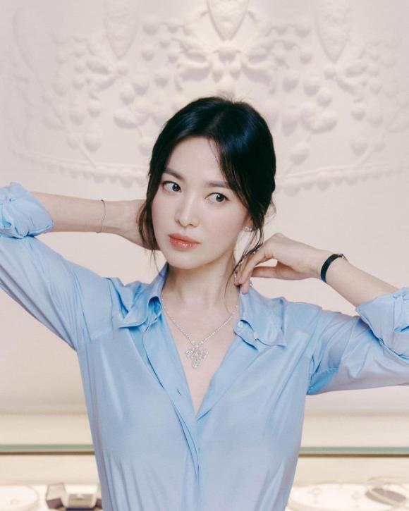Thu nhập hơn 300 tỷ/năm, mỹ nhân này đứng đầu nghệ sĩ Hàn có cát-xê cao nhất 2021 - 1