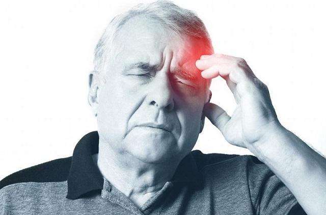 Đừng chủ quan khi thường xuyên chóng mặt, 3 bệnh nguy hiểm này có thể là nguyên nhân - 4