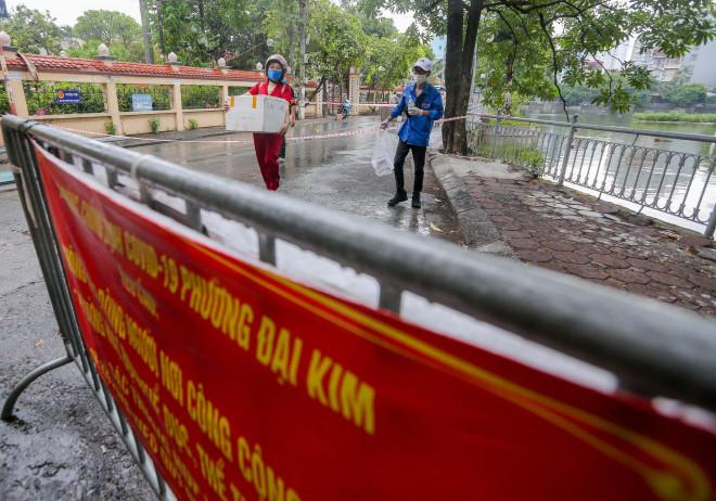 CLIP: Phong toả tạm thời khu vực chợ Đại Từ với 1.200 dân - 11