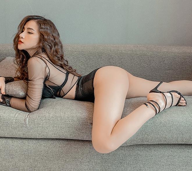 """Hot girl Gym Thu Hương vòng eo """"con kiến"""", tập tại nhà dễ đến ngỡ ngàng - 1"""