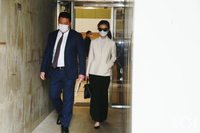 Châu Tinh Trì bị bạn gái cũ đòi 205 tỷ: Lý do gây bất ngờ - 1