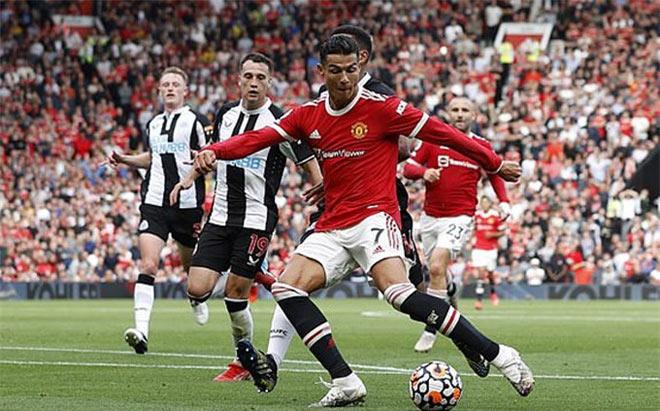 MU săn SAO 100 triệu bảng trợ chiến Ronaldo, dè chừng Man City rửa hận hụt CR7 - 1