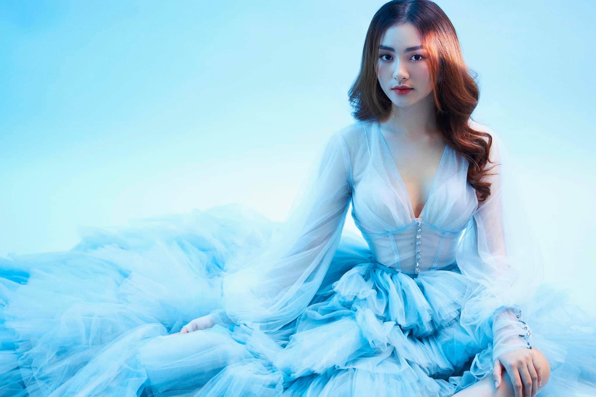 """Nữ sinh Tiền Giang """"gây bão tranh cãi"""" vì quá xinh đẹp, được dự đoán làm hoa hậu"""