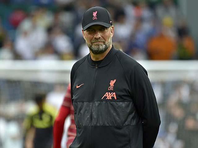 HLV Klopp không vui vì Ronaldo, thủ phạm triệt hạ SAO Liverpool được bênh - 1