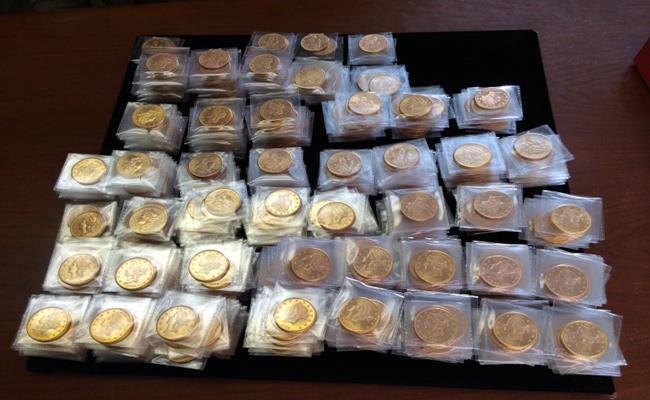 Số tiền vàng trên được gọi là kho báu Saddle Ridge, trị giá khoảng 10 triệu USD (227 tỷ đồng).
