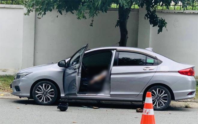 Bình Dương: Bí thư thị trấn tử vong trong ô tô - 1