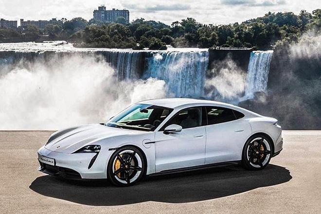 Xe điện Porsche Taycan cháy hàng, khách mua phải chờ hơn 6 tháng - 1