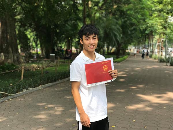 Nguyễn Quang Lâm – nam sinh điển trai bật mí bí quyết điểm 10 Vật lý - 1