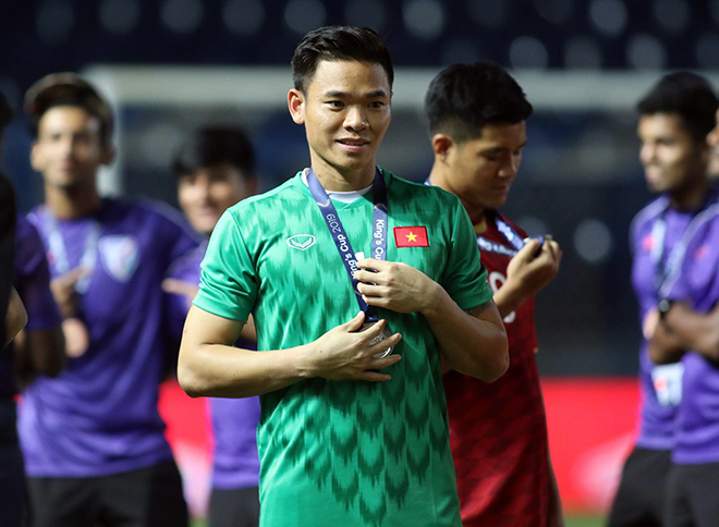 Thầy Park gọi Nguyên Mạnh lên ĐT Việt Nam cạnh tranh với Tấn Trường, Văn Lâm - 1