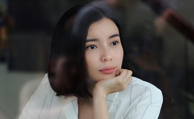 Lộ diện bạn trai người Hàn của Cao Thái Hà trong phim mới - 1