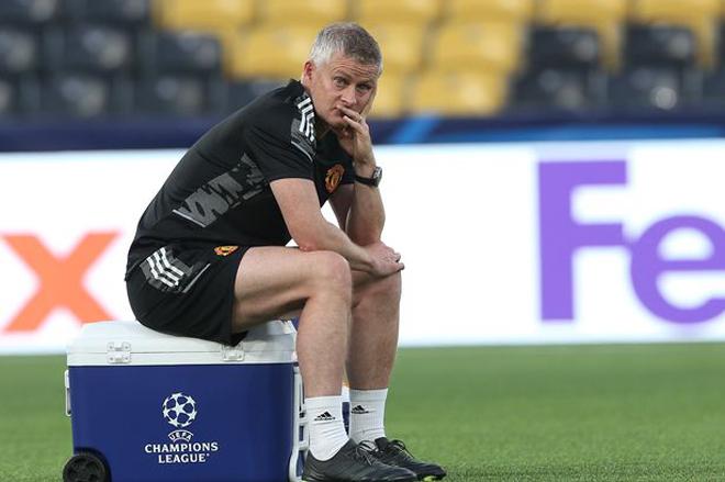 Zidane phủ nhận khả năng thay Solskjaer ở MU, chờ tới PSG làm thầy Messi - 1