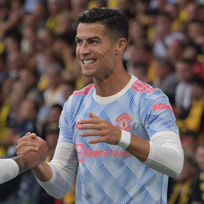 """Dự đoán Ronaldo ghi bàn 3 trận liền cho MU, """"Vua boxing"""" nể CR7 """"tỷ người mới có 1"""" - 1"""