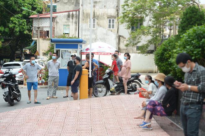 Vụ bé gái 6 tuổi ᴛử vong bất thường ở Hà Nội: Hàng xóm kể phút bố gào khóc gọi con - Tin tức