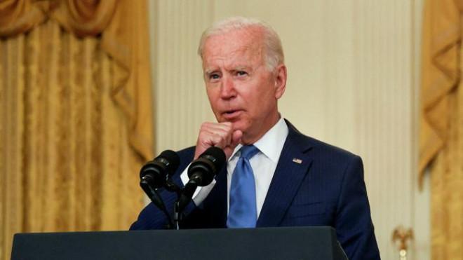 Nhiều lần bị ho khi phát biểu, ông Joe Biden có vấn đề về sức khoẻ? - 1