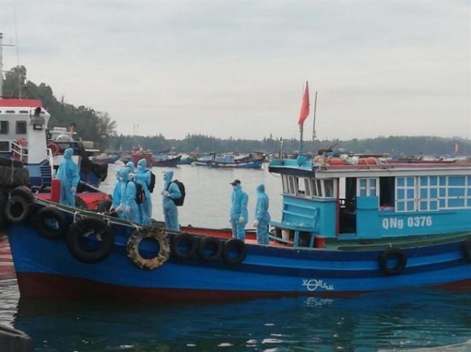 Thay thế gần 12.000 thuyền viên tại cảng biển Việt Nam - 1