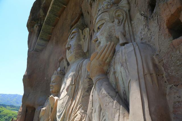 Choang voi hang dong hang nghin nam tuoi duoc dieu khac vao vach nui 4 1632069430 162 width640height427 10 địa điểm du lịch độc đáo nhất thế giới, mê mẩn ngay từ cái nhìn đầu tiên
