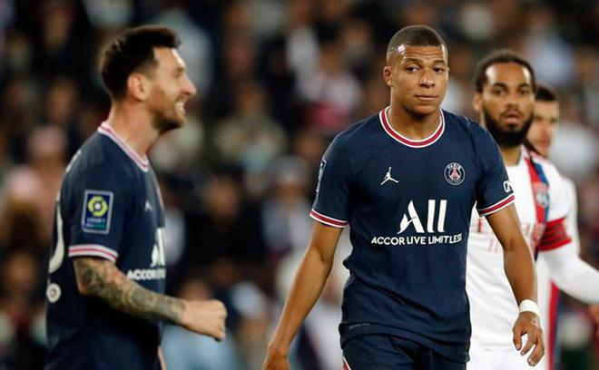 PSG dậy sóng: Neymar không nhường Messi đá penalty, Mbappe bị fan la ó - 1