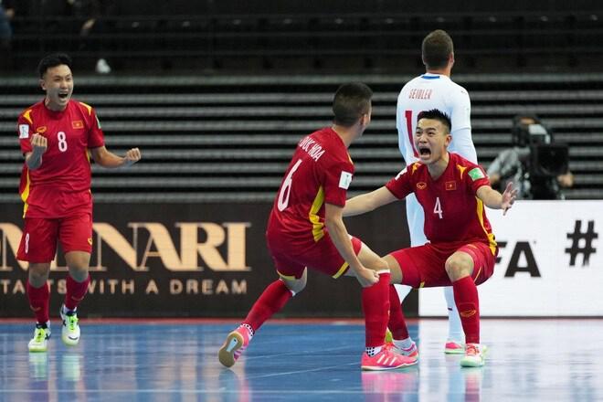 Tuyển futsal Việt Nam chuẩn bị vũ khí đặc biệt cho vòng 1/8 World Cup - 1