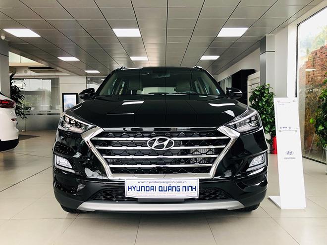 Hyundai Tucson: Giá rẻ nhất phân khúc liệu có nên mua ở thời điểm hiện tại? - 1