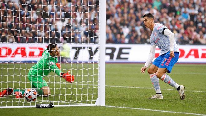 MU bay cao ở Ngoại hạng Anh nhờ Ronaldo, siêu máy tính dự đoán vẫn về nhì - 1