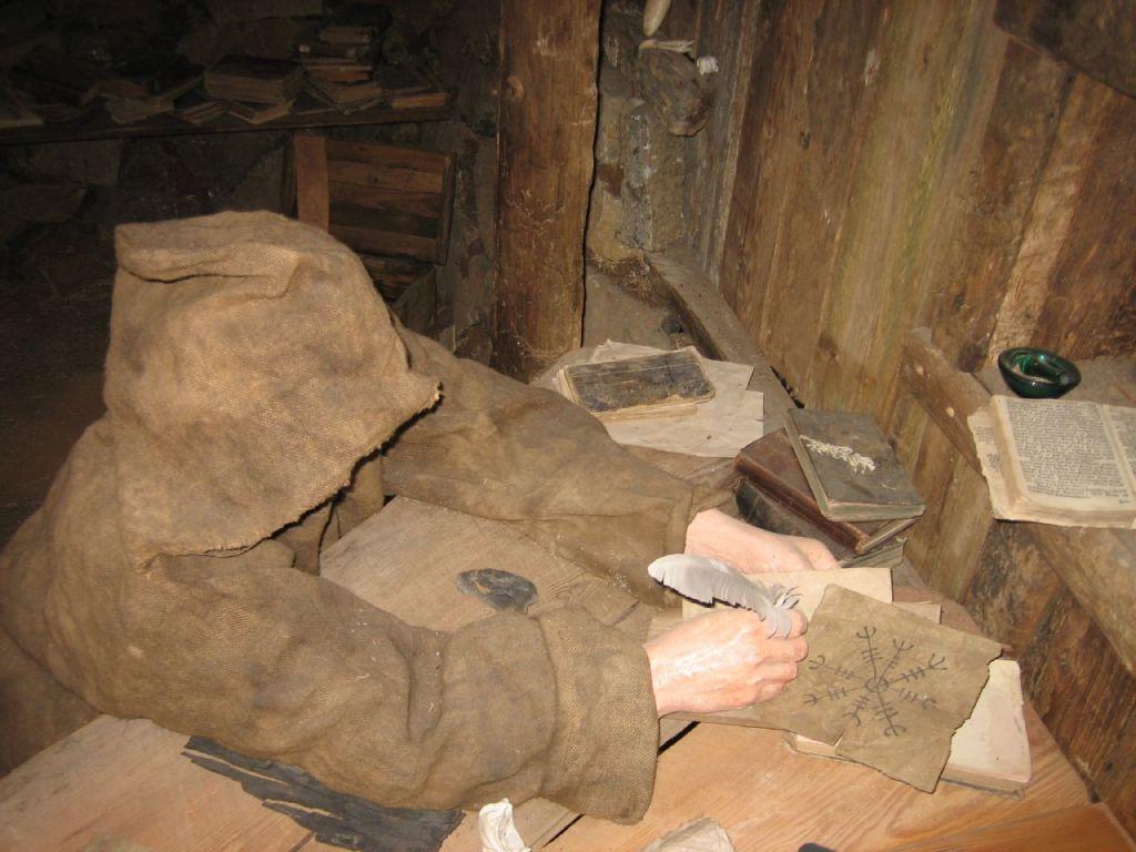 museum of icelandic sorcery and witchcraft2 1632226714 251 width1024height768 Du lịch nhộn nhịp tái khởi động nhưng vẫn chờ các nơi thống nhất quy trình