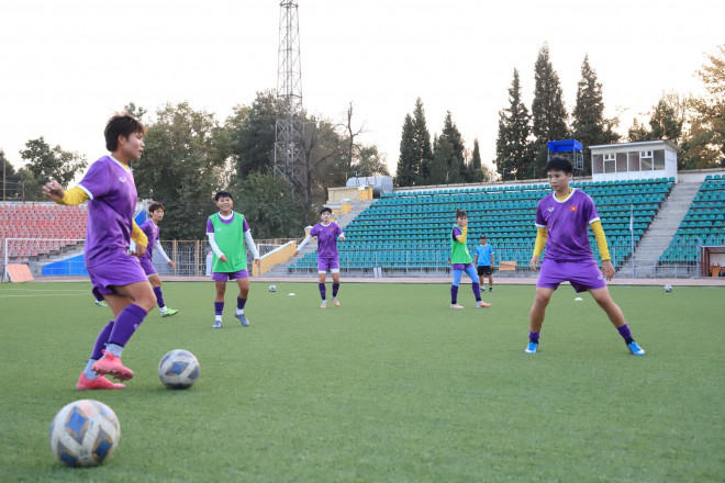 Tuyển nữ Việt Nam quyết thắng Maldives - 1