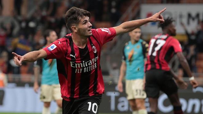 """Kết quả bóng đá AC Milan - Venezia: Hiệp 2 """"lột xác"""", bắt kịp đội đầu bảng (Vòng 5 Serie A) - 1"""