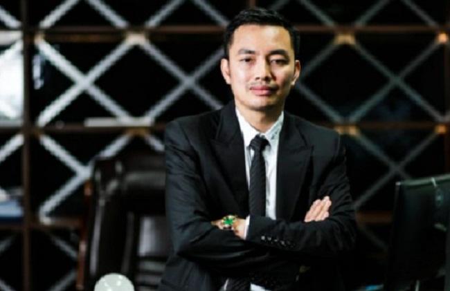 Thân thế Phó Tổng giám đốc ngân hàng lọt top giàu nhất Việt Nam - 1