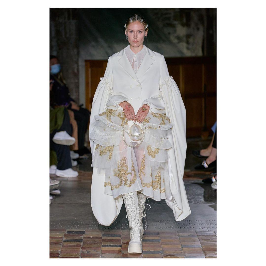 Tuần lễ thời trang London năm nay là gì?  - ngày 5