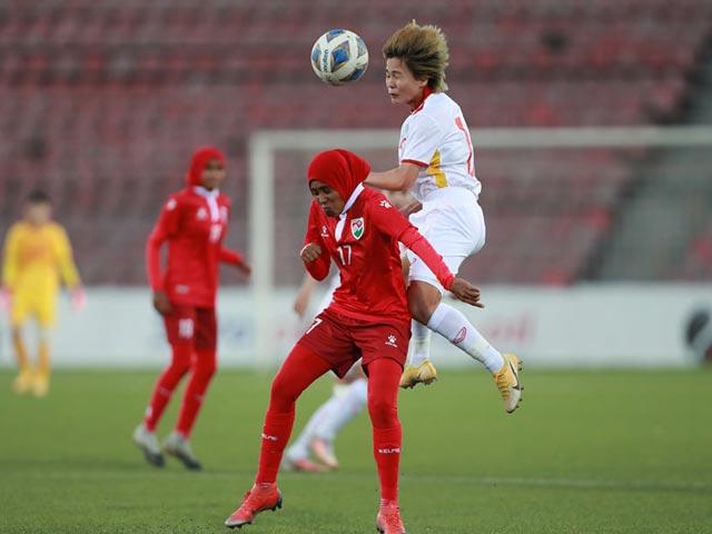 ĐT nữ Việt Nam thắng sốc 16-0, HLV Mai Đức Chung vẫn muốn ghi hơn 20 bàn - 1