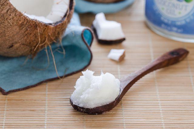Da đẹp, tóc mượt nhờ hũ nước cốt dừa thơm ngon - 1