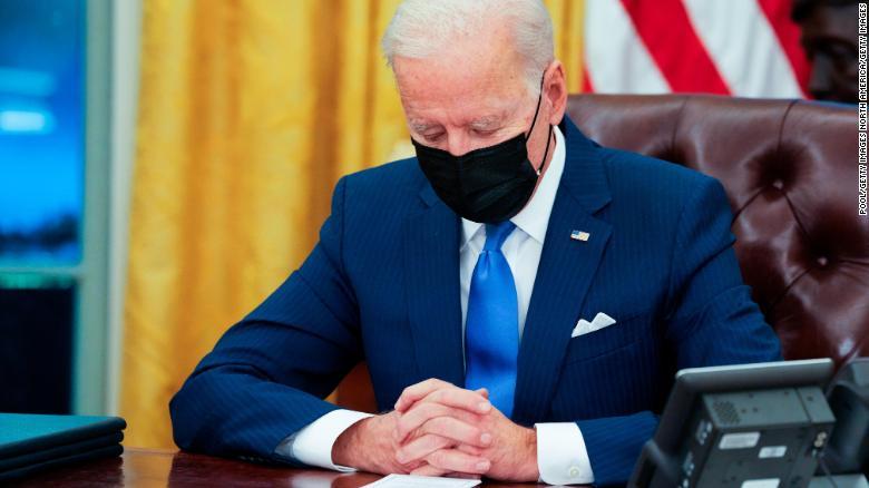 Thăm dò tỷ lệ ủng hộ: Ông Trump bất ngờ vượt ông Biden - 1